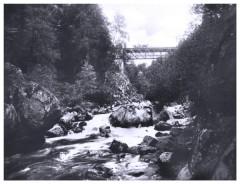 Eine Brücke im Schwarzwald ca. 1927 fotografiert