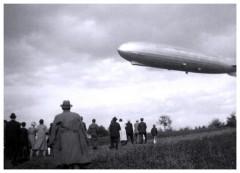 Der erste Zeppelin am Bodensee bei Friedrichshafen