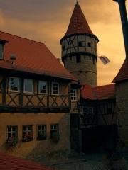 Rhonda: Burg