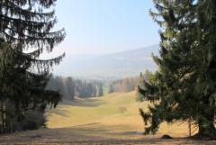 Jomo: Landschaft mit Fernblick